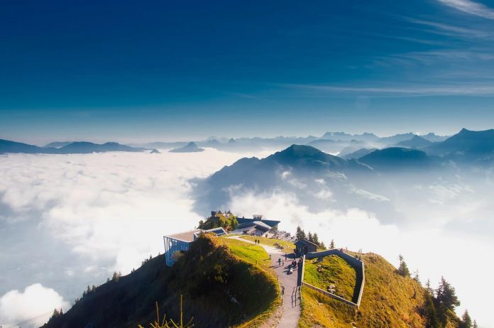 Top 5 Awesome Reasons For A Summer Holiday In The Swiss Alps