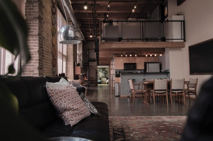 Texas Embraces Modern Design In Open Plan Houses And Tiny Homes