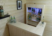 Chic Home Bar Idea