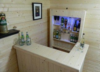 Chic Home Bar Idea