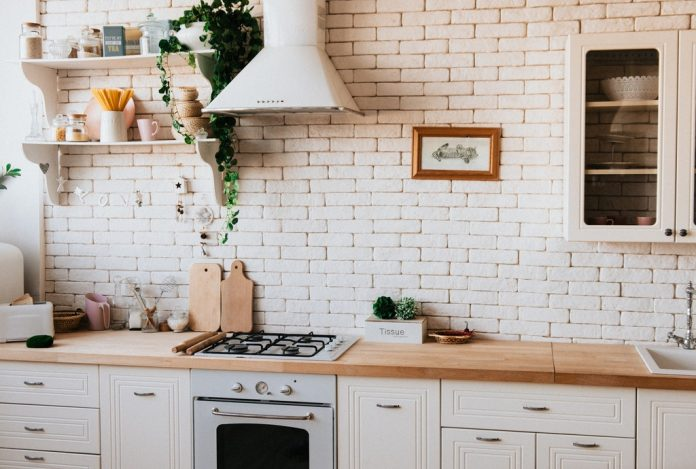 Tips for Clean Kitchen Counters