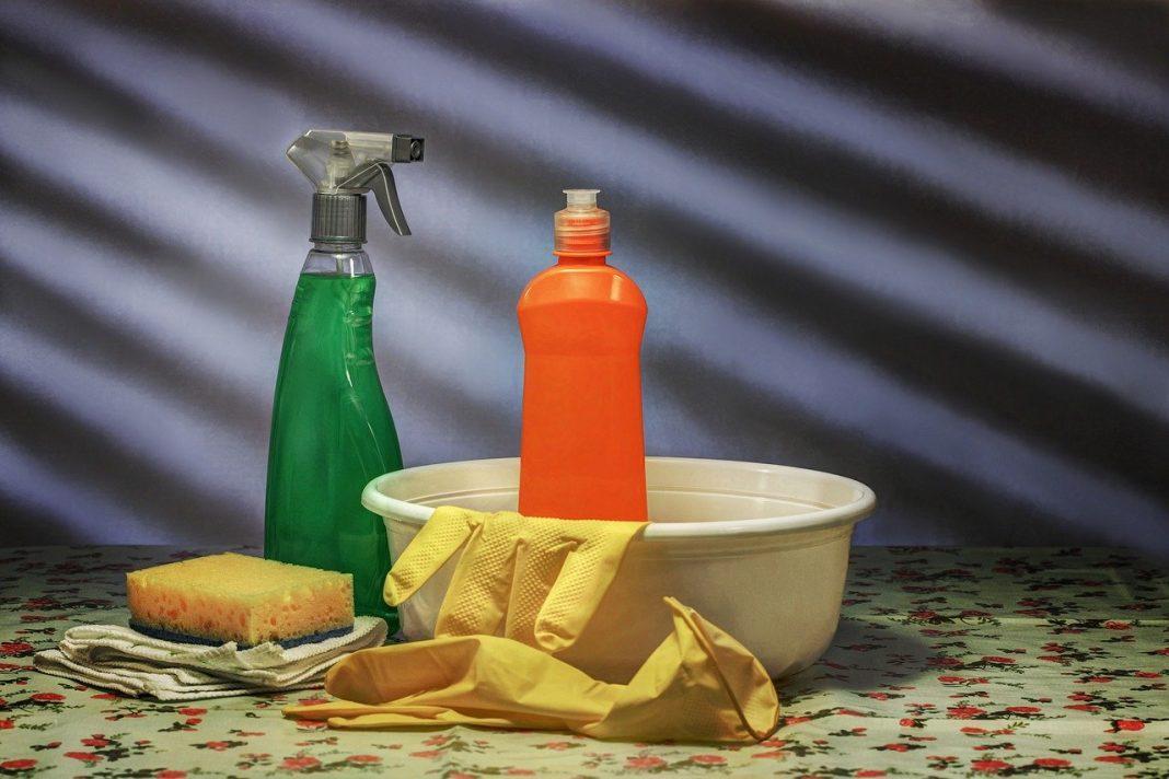 cleaning/disinfecting