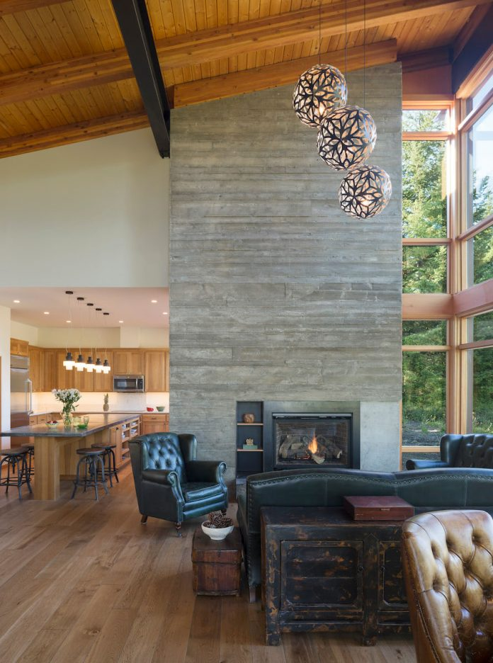 Tumble Creek Cabin by Coates Design