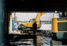 Construction Guide: Transporting Heavy Machinery