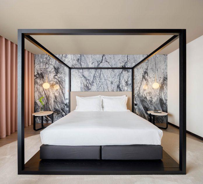 Azoris Royal Garden Hotel in Ponta Delgada by box: arquitectos