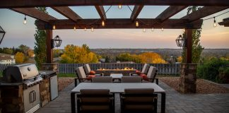4 Mistakes to Avoid When Buying Your First Patio Furniture