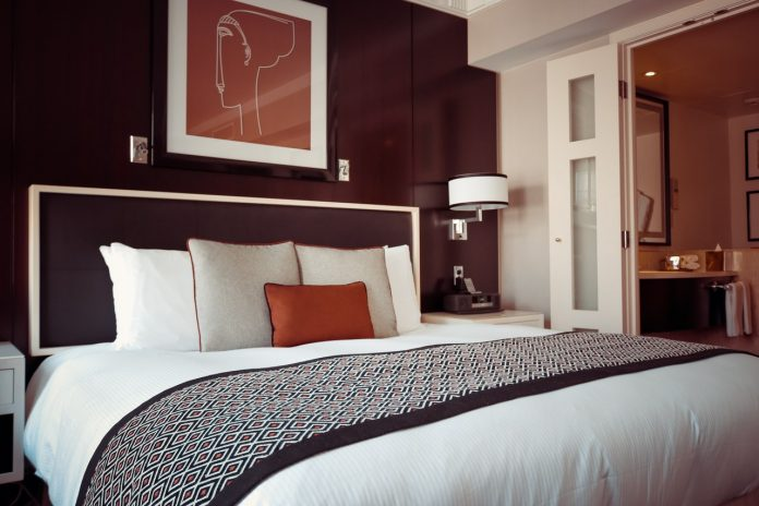 4 Benefits of Investing In Luxury Beds