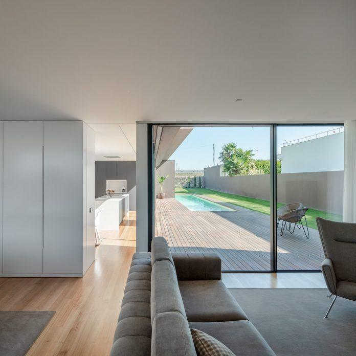 interior of Beiriz House by Raulino Silva