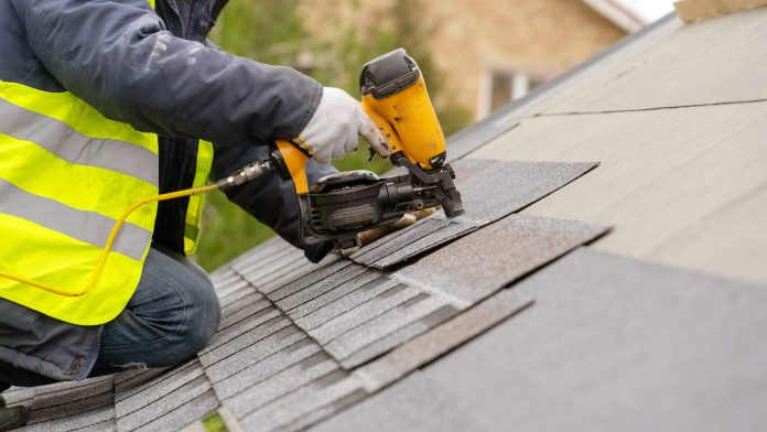 6 Reasons Why You Should Hire A Professional Roofer