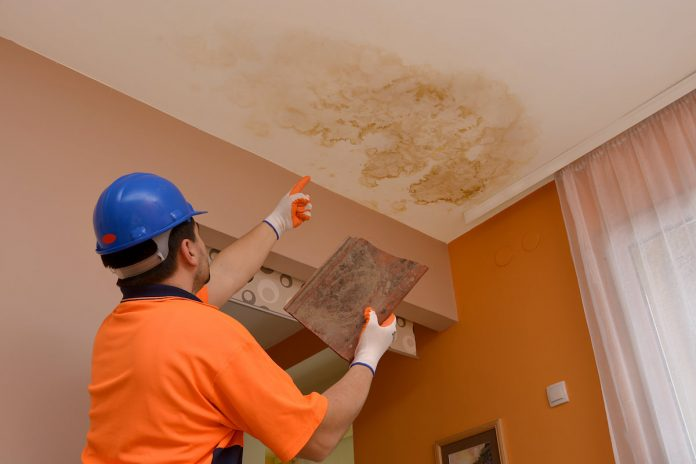4 Tips On Handling Water Damage Restoration Projects