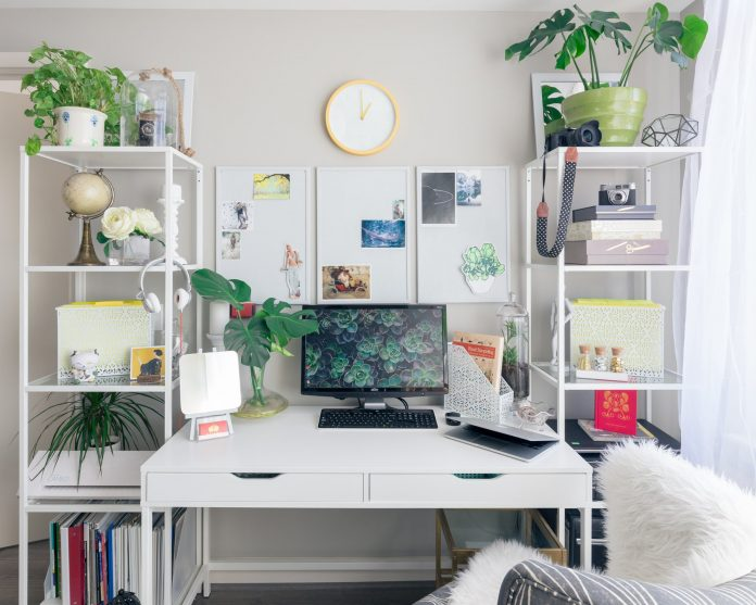 How To Organize Your Workplace At Home