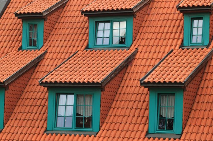 How To Choose The Right Roof Material For Your House