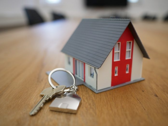 4 Must-Do's Before Listing Your Home For A Quick Sale